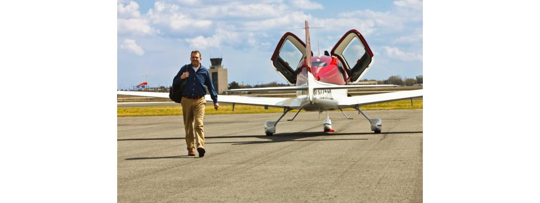 ТОП-10 приобретений для владельца самолета
