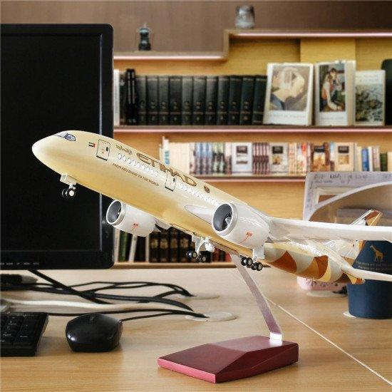 Модель Airbus A380 с LED подсветкой