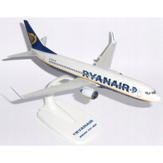 Модель самолёта Boeing 737-800 Ryanair
