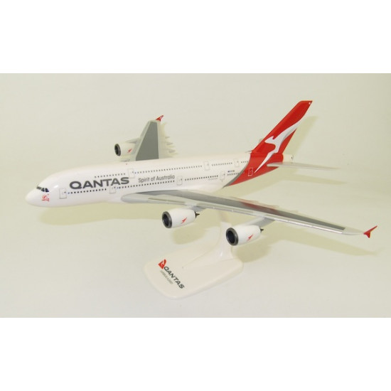 Модель самолета AIRBUS A380-800 QANTAS VH-OQL