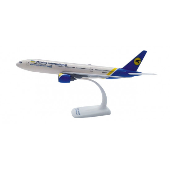 Модель самолета Boeing 777-200 МАУ 1:200