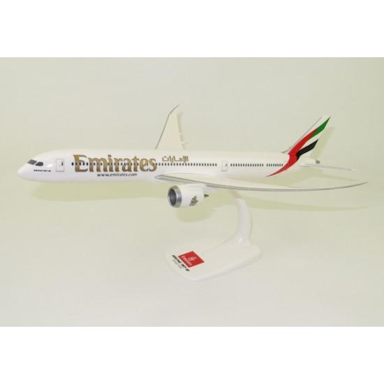 Модель самолета BOEING 787-10 EMIRATES 1:200