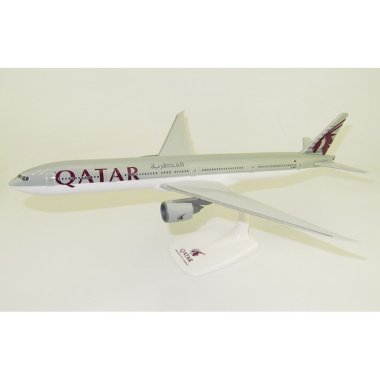 Модель самолета BOEING 777-300ER QATAR AIRWAYS A7-BEJ 1:200