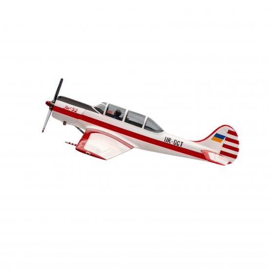 Модель самолёта Як-52 (1:48)